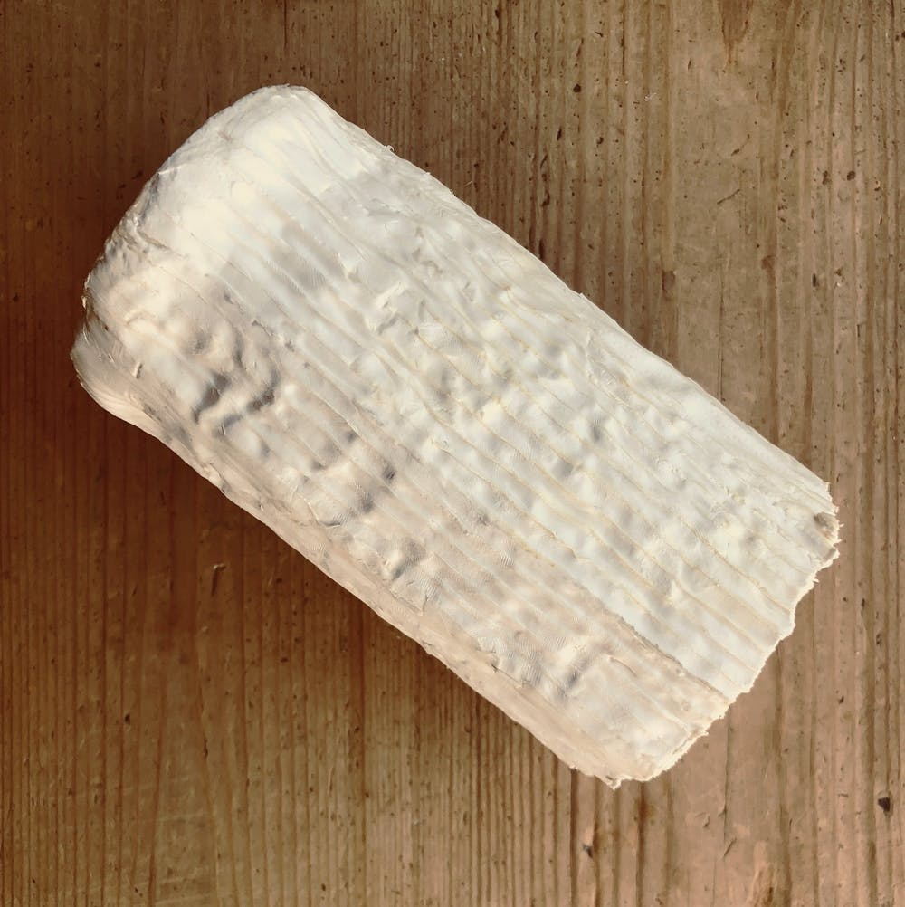 CHEVRE-LOG-SIDE