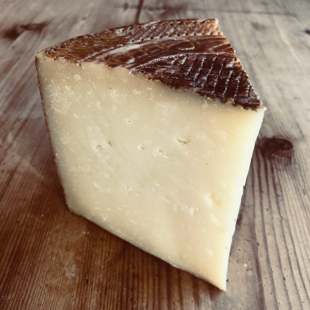 MANCHEGO-WEDGE