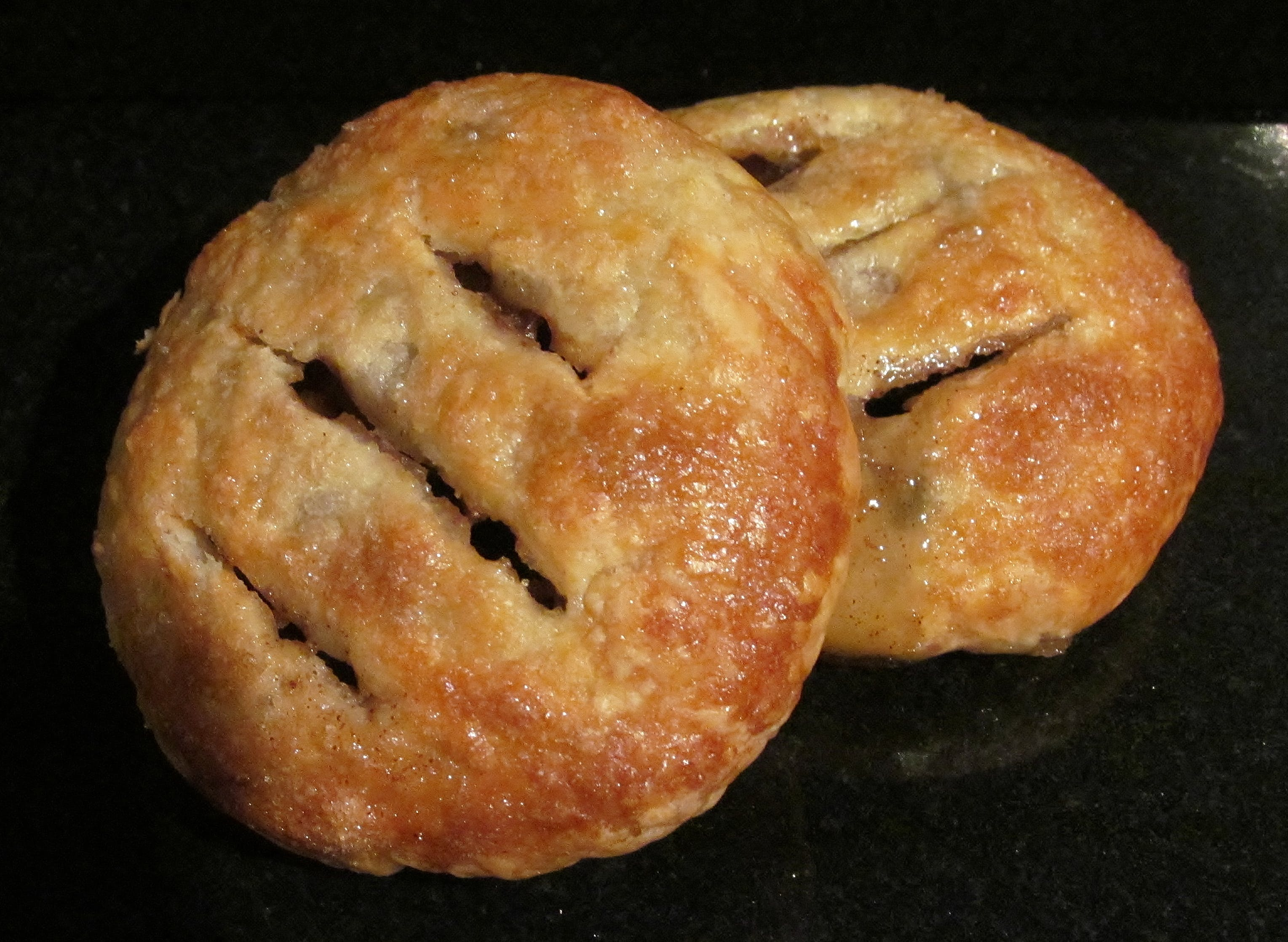Mini Eccles Cakes