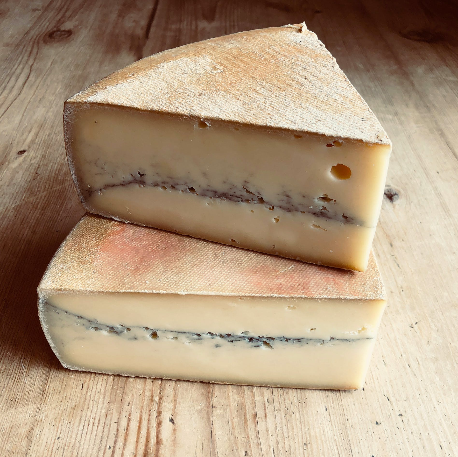 MORBIER-STACKED