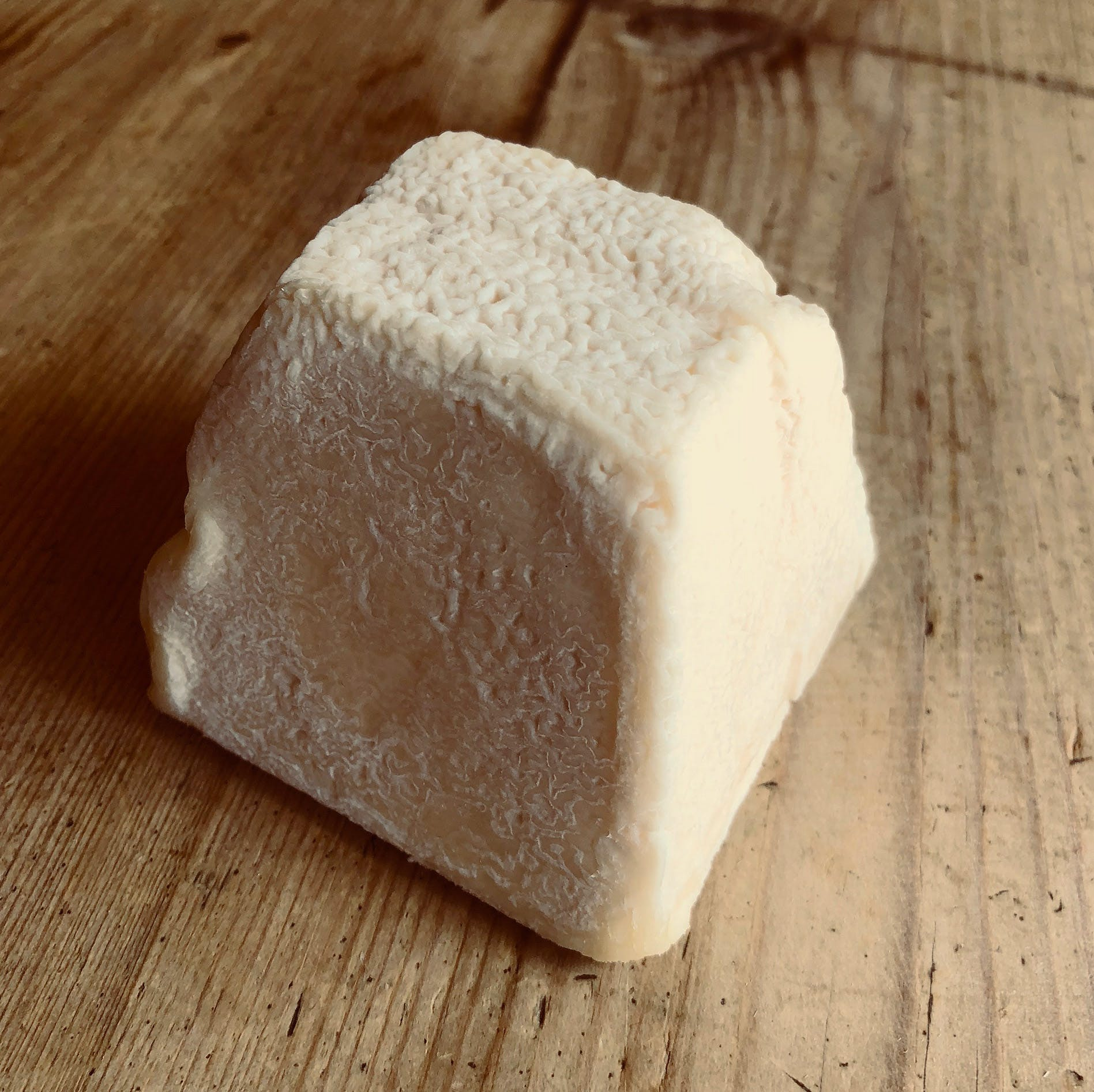 BRITISH GOATS CHEESE