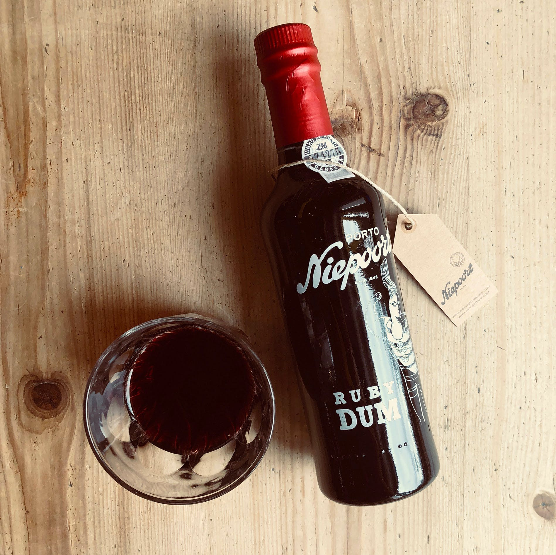 RUBY-PORT-WITH-GLASS